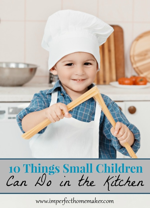 10 things small children can do in the kitchen for Small childrens kitchen