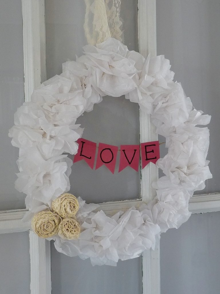 DIY Valentines Wreath using items from around the house