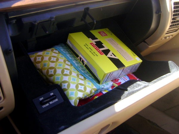 glove box organized